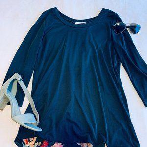 Women's floral/navy blouse top